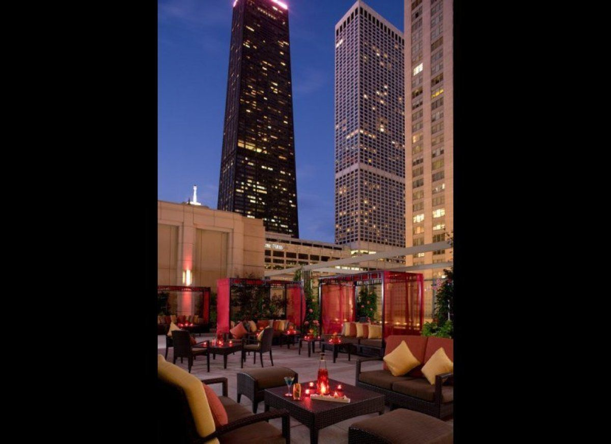 Photos rooftop bars with unbeatable views favorite - Top interior design firms chicago ...