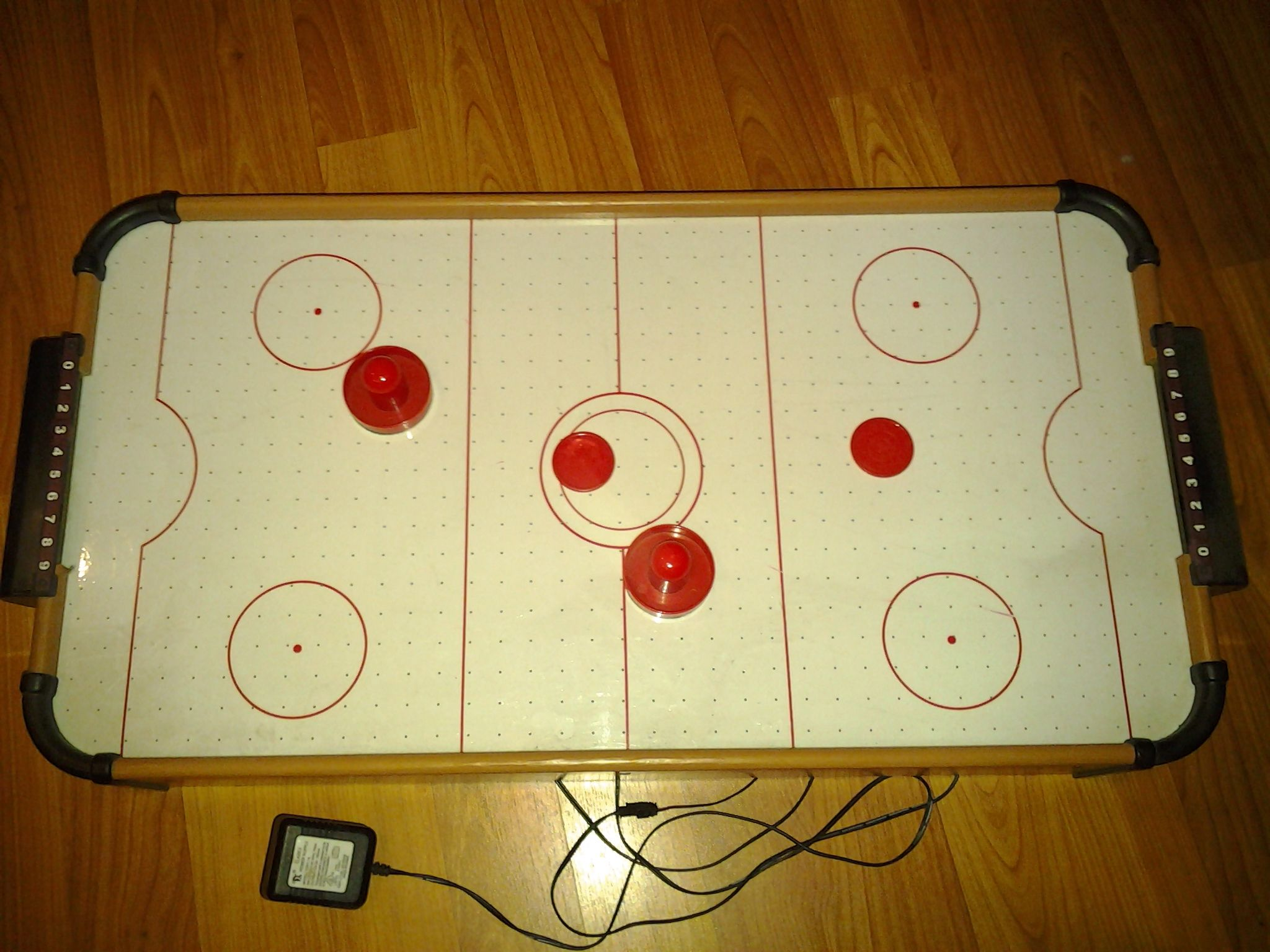 Table Air Hockey Game In Working Just Fine S Garage Sale Marietta Ga Air Hockey Games Air Hockey Garage Sales