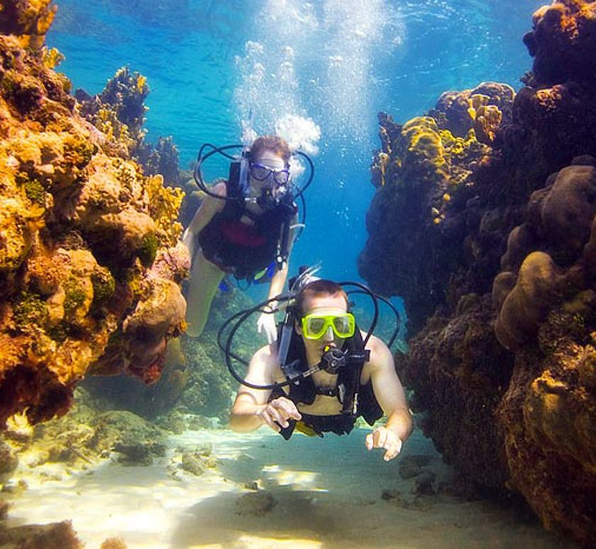 Diving In Beaches Turks Caicos St Lucia Resorts Sandals Resorts Scuba Destinations