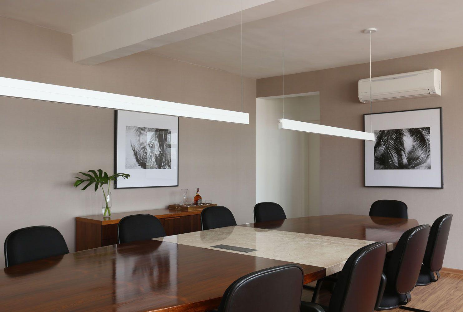 Sala Para Eventos E Reuni Es Paredes Revestidas De Papel De Parede  -> Fotos Parede Revestida De Sala