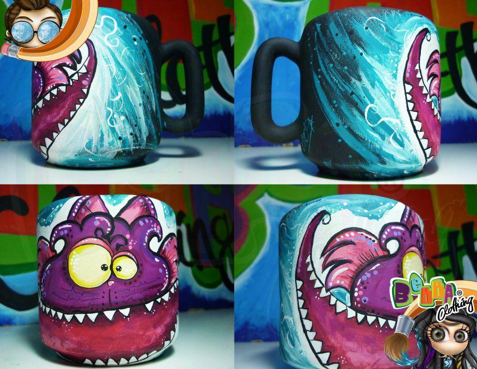 mug pocillo pintado a mano inspirado en el gato sonriente de alicia en el pais de las maravillas