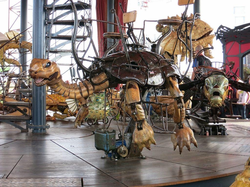 Carousel Des Mondes Marins Nantes Carousel Horses Circus Animals Nantes