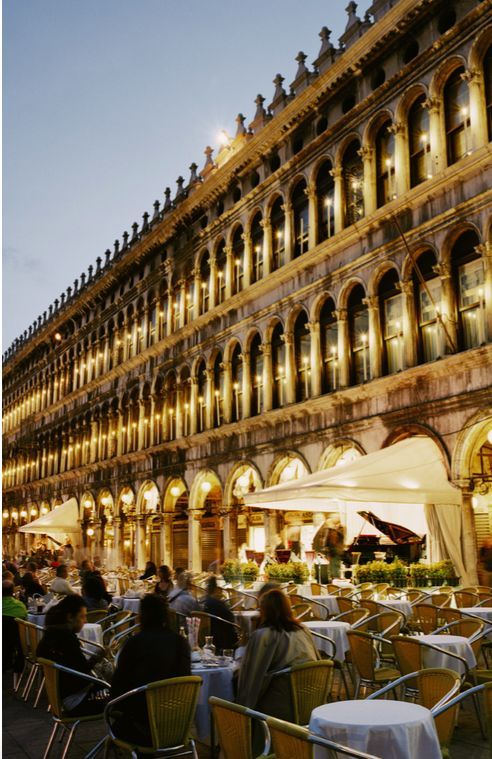 The Best Restaurants In Venice According To The Locals