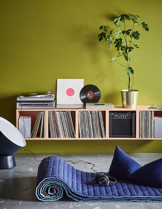 Cr ez une station de dj chez vous avec du mobilier moderne for Mobilier moderne ikea