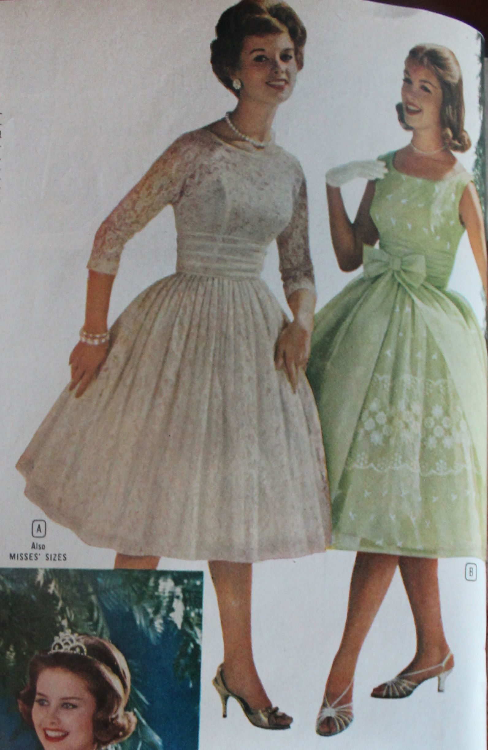 1960s Evening Dresses, Bridesmaids, Mothers Gowns | Green lace ...