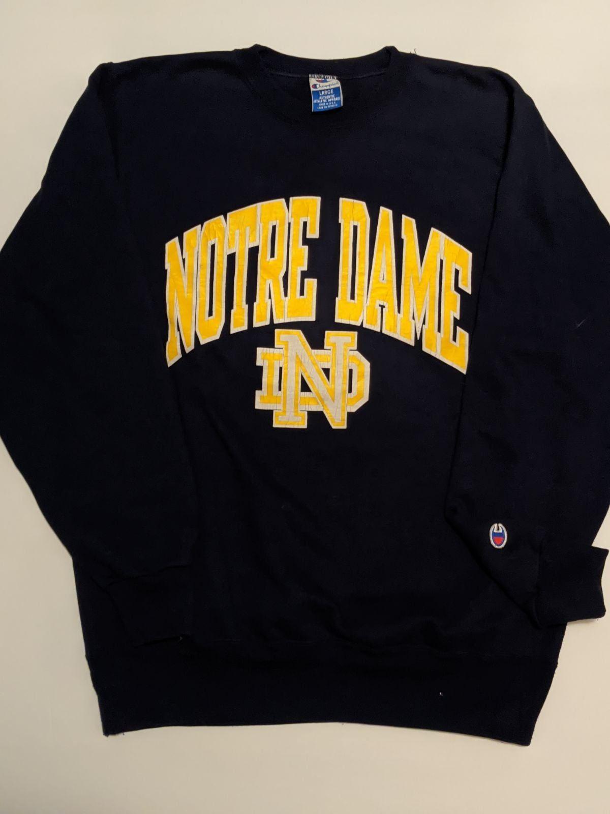 Vintage Champion Notre Dame Sweatshirt In 2020 Sweatshirts Notre Dame Sweatshirt Vintage Champion