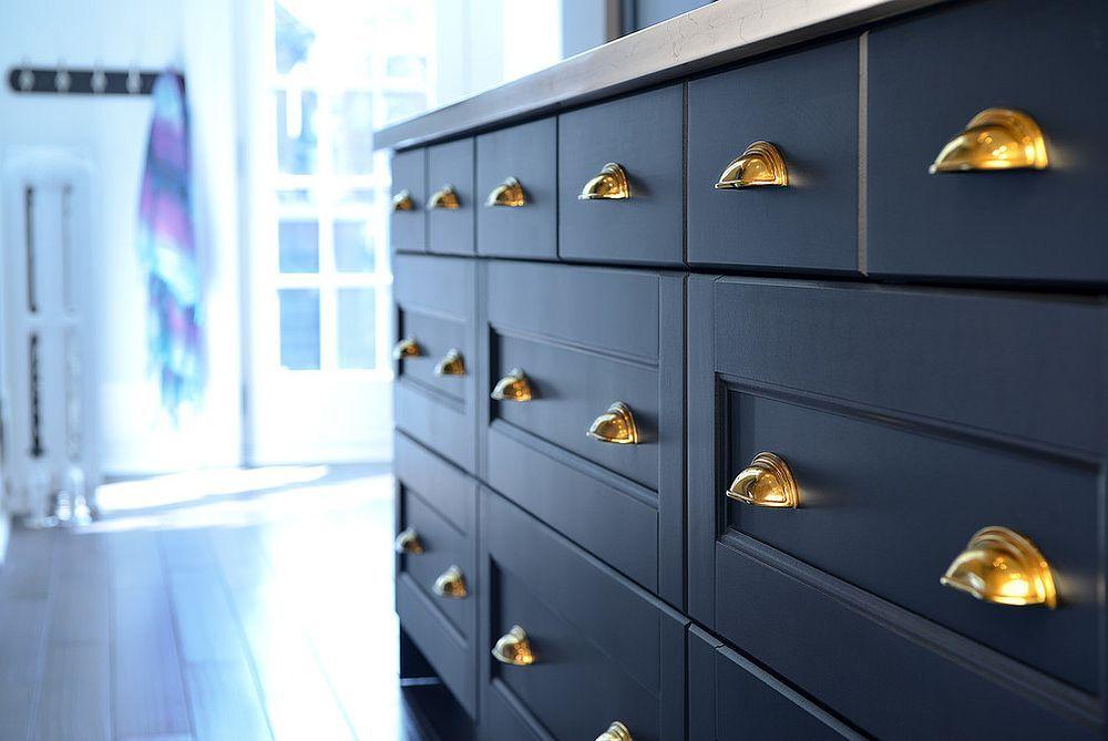 Sparkling Trend 25 Gorgeous Kitchens With A Bright Metallic Glint Kitchen Trends Blue Kitchen Cabinets Kitchen Cabinet Styles