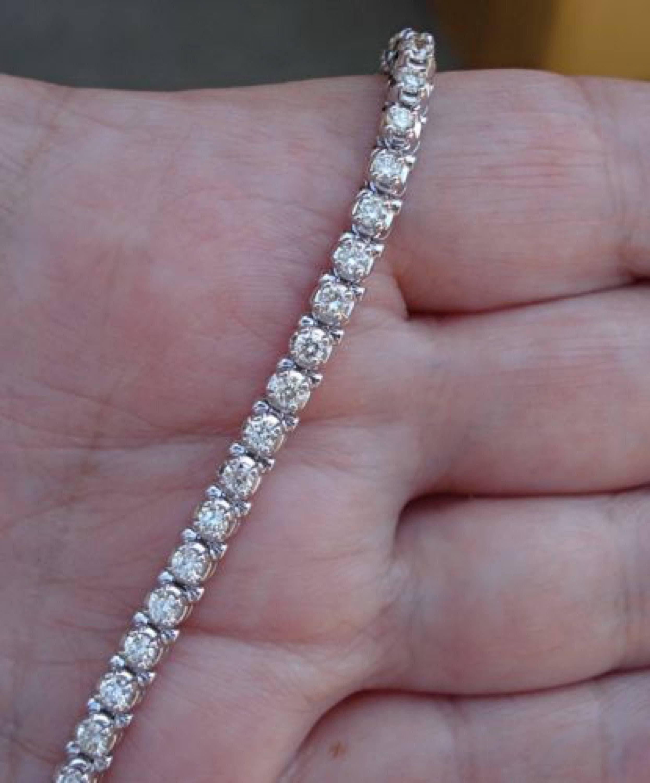 2 5 Carat Diamond Tennis Bracelet 14k White Gold Ladies Woman Classic Natural Si2 J 3999 99 Finejewelry L Tennis Bracelet Diamond Tennis Bracelet Diamond