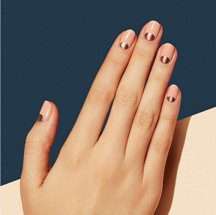 Top 10 super easy minimalist nail art ideas minimalism minimalist top 10 super easy minimalist nail art ideas solutioingenieria Image collections