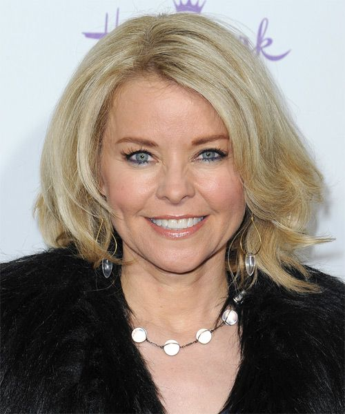 Kristina Wagner Medium Straight Light Blonde Hairstyle