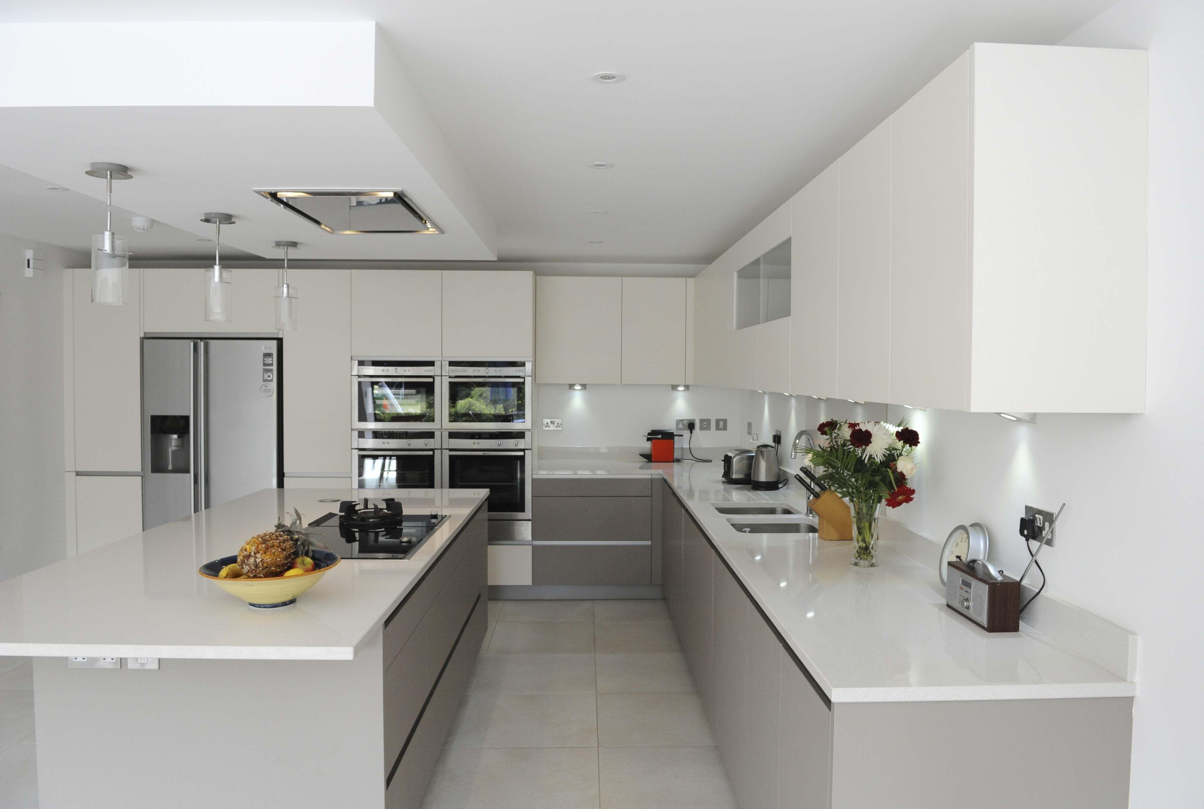 Calm Kitchen for a Busy Family | Küche, Haus einrichten und Hausbau ...