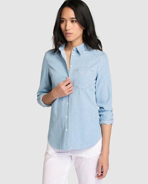 b5b24d074dd Camisa vaquera de mujer Lacoste con manga larga