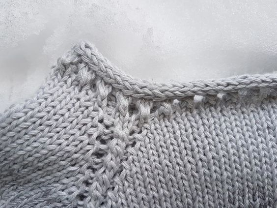 "Instructions de tricot ""Frozen"" pour un pull avec technique raglan   – Knit ♥  Stricken"