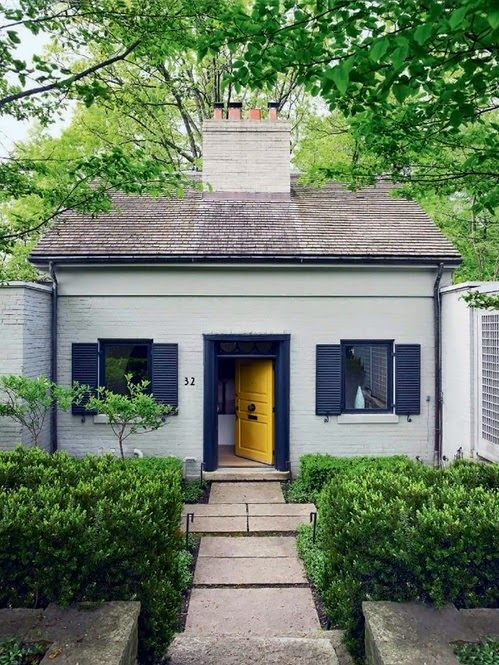 choosinG a Bungalow exterior paint combo And I lived happily ever