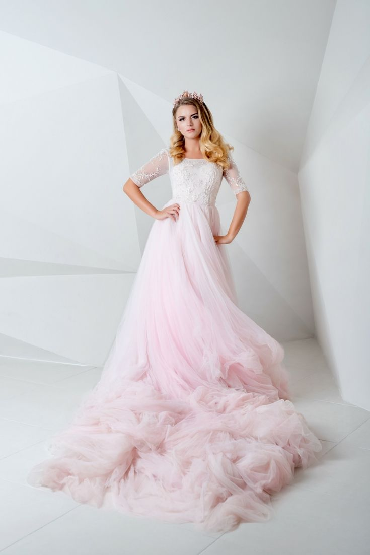 Top wedding dresses collections trying to find the most uptodate