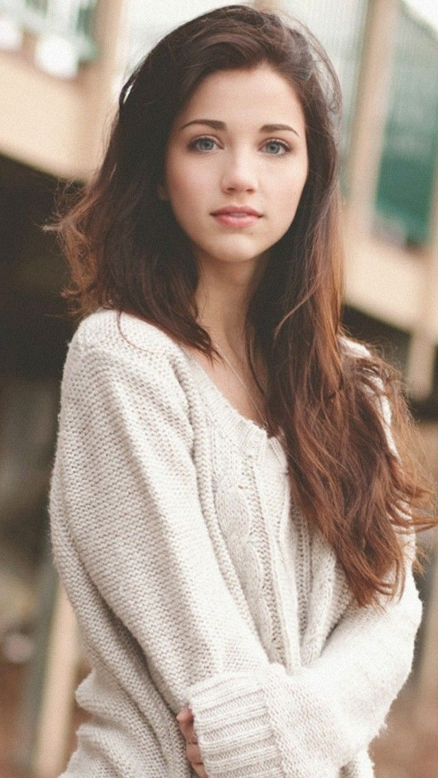Pin By Jaafar On Characters Brown Hair Green Eyes Girl Black Hair Green Eyes Black Hair Green Eyes Girl