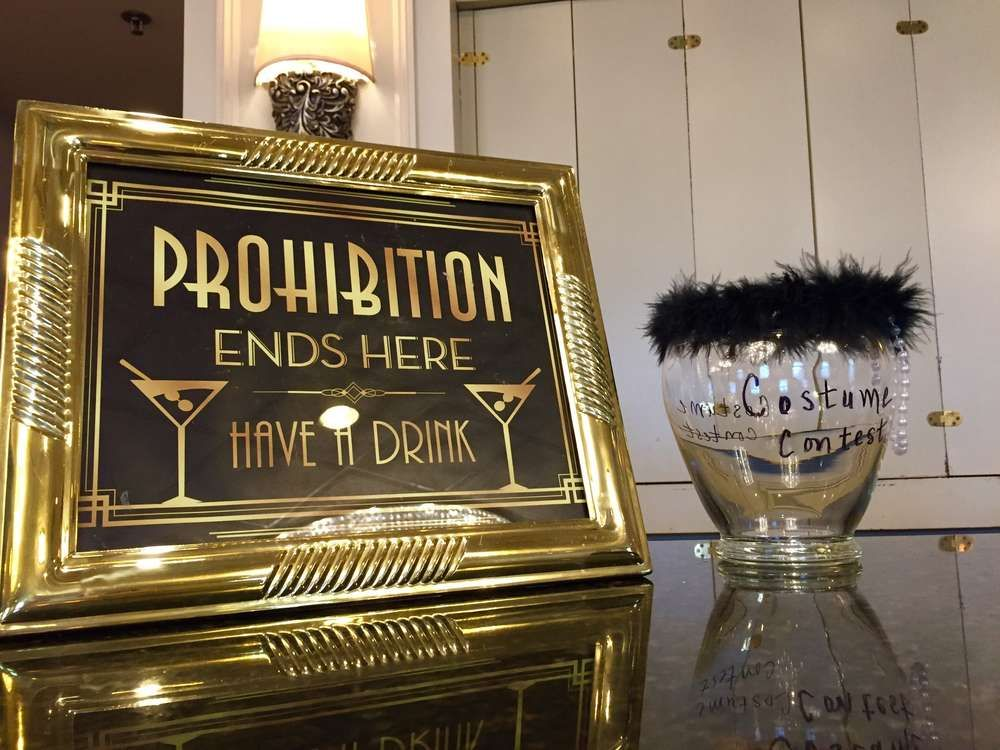 Great Gatsby Birthday Party Ideas | Photo 2 of 22 & Great Gatsby Birthday Party Ideas | Gatsby Birthday party ideas and ...