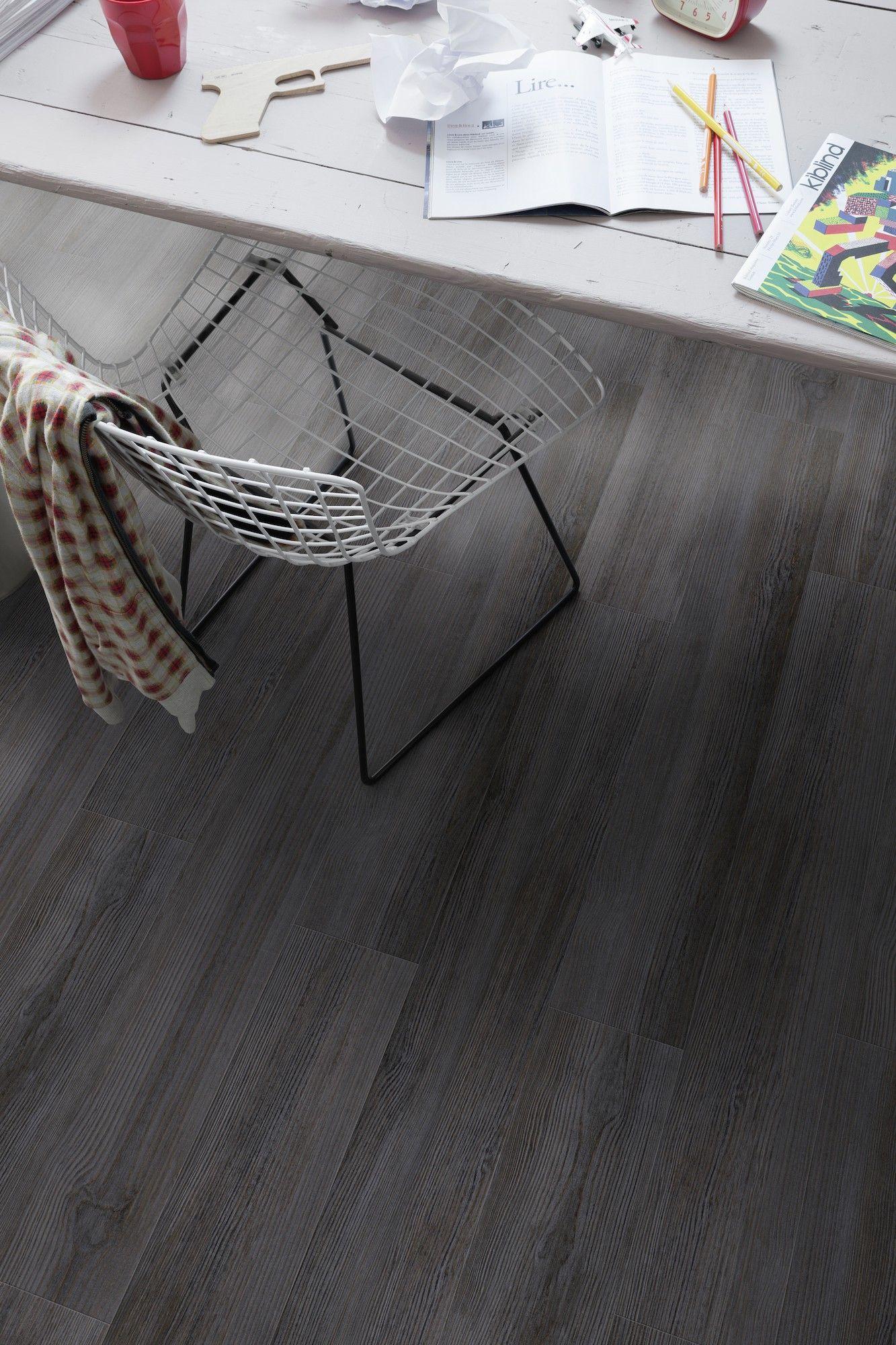 Gravity dark creation 55 by gerflor flooring design vinyl flooring pinterest luxury for Parquet pvc gerflor