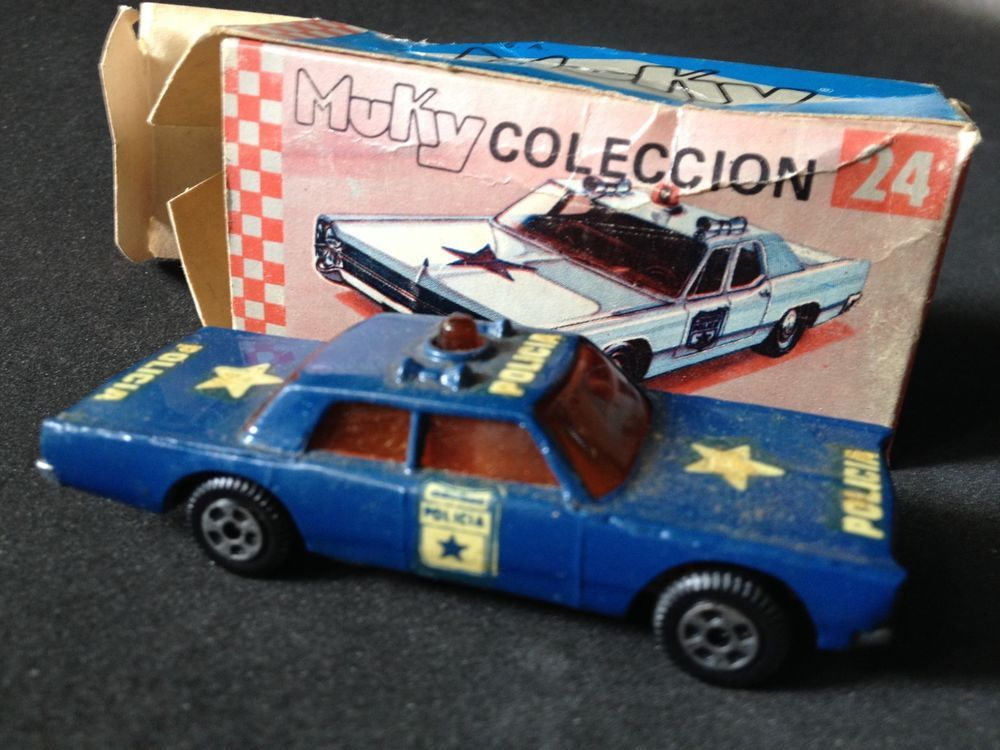 Details About Police Car Lincoln Cruiser Die Cast 1 64 Muky In Box