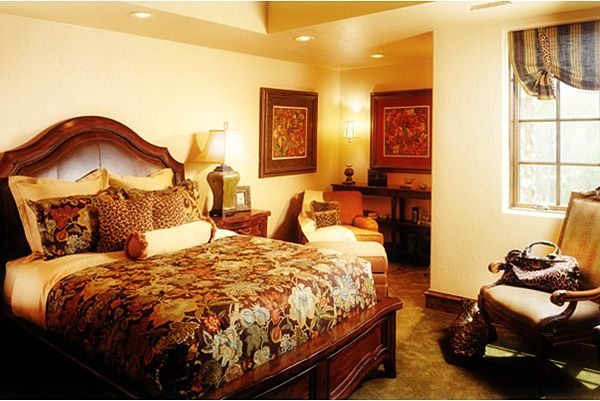 Weirs Furniture Outlet Tips To Choose Bedroom One Of Many Important