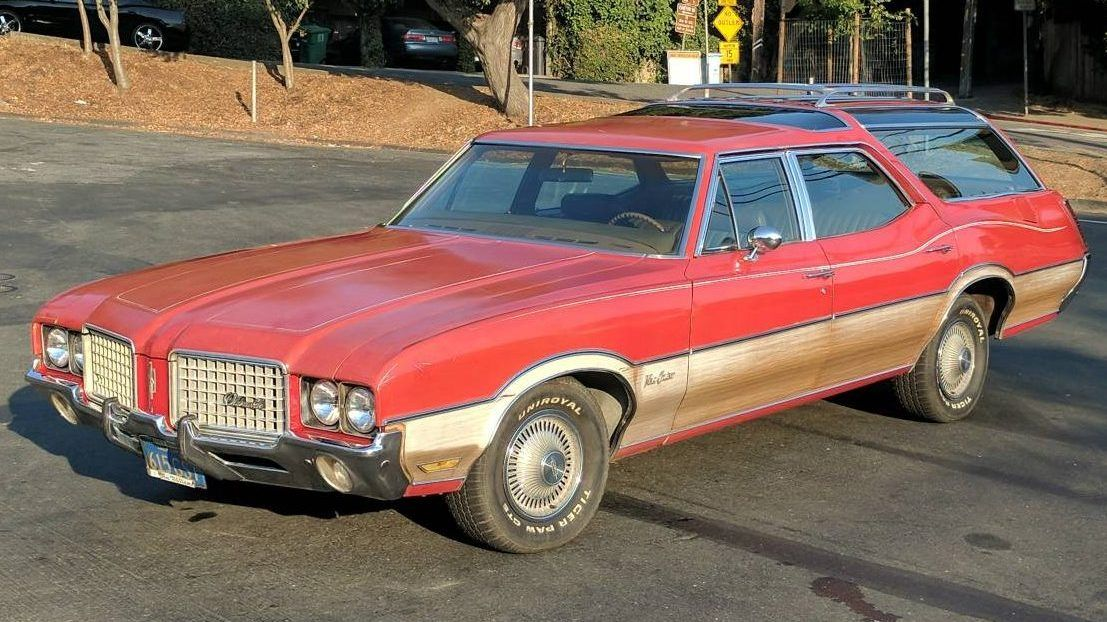 Coolest Wagon Ever? 1972 Oldsmobile Vista Cruiser Vista