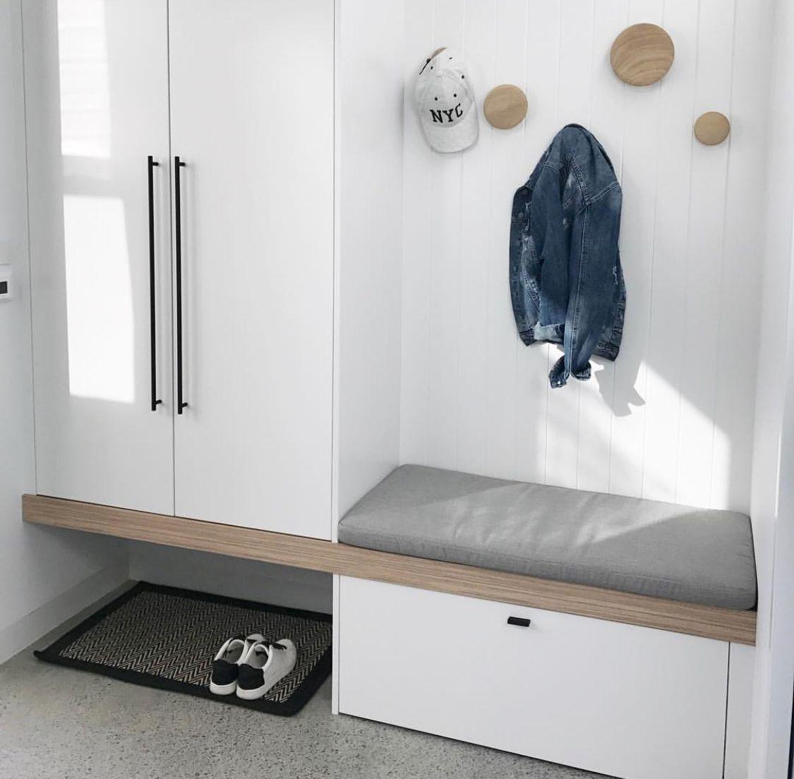 Hallway storage trunk  宿舍室內風格  宿舍室內空間  Pinterest  Foyers Mud rooms and Laundry