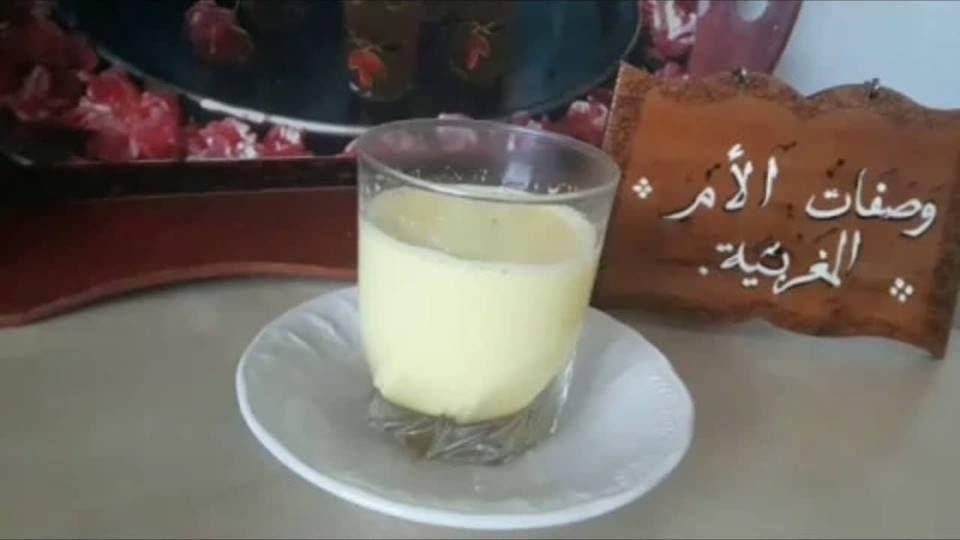 مشروب للكحة الجافة و السعال بالحليب الدافئ والقرنفل Food Milk Glass Of Milk