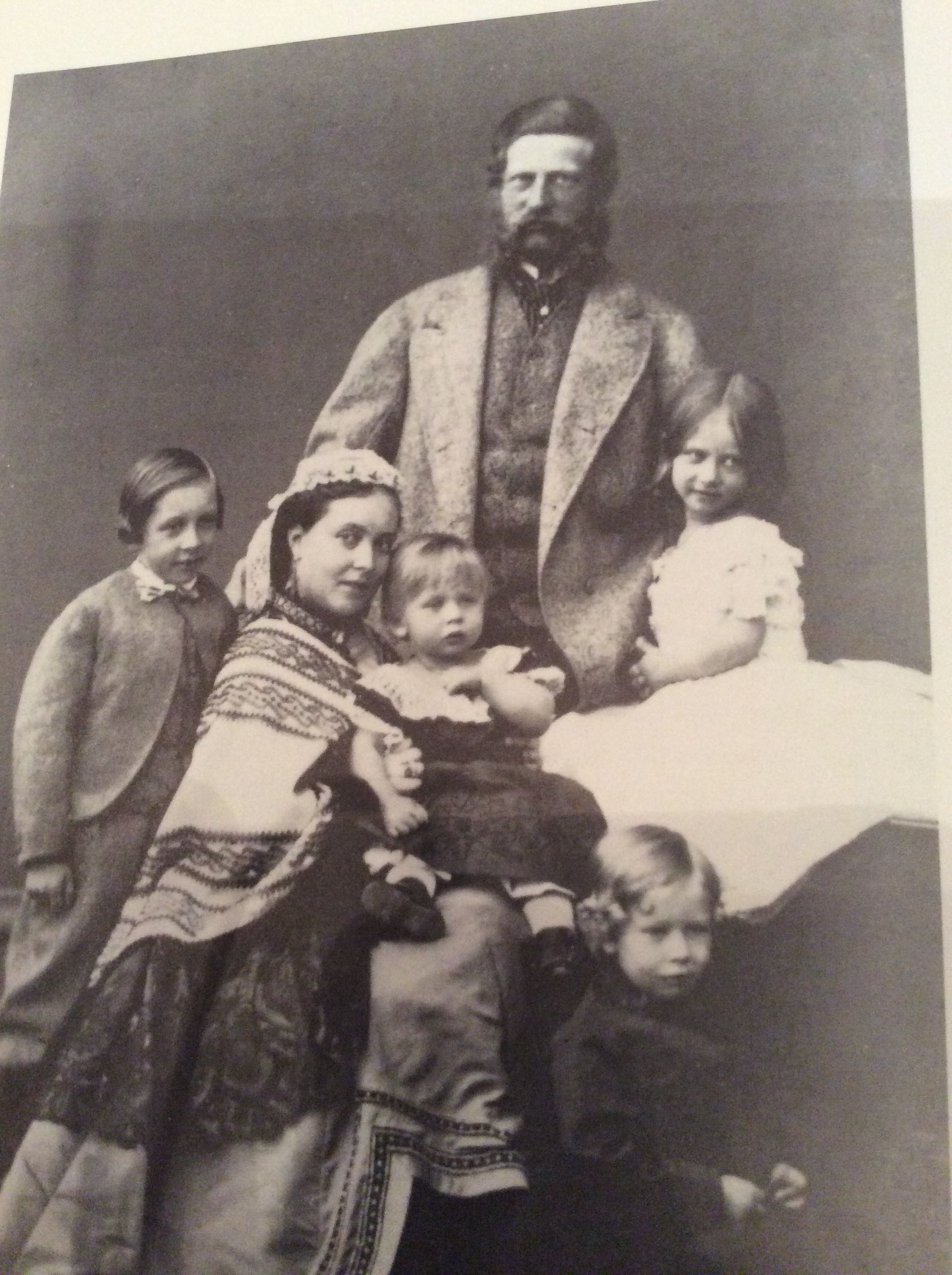 fritz and vicky  crown prince and princess of prussia in 1865 with their children  l to r