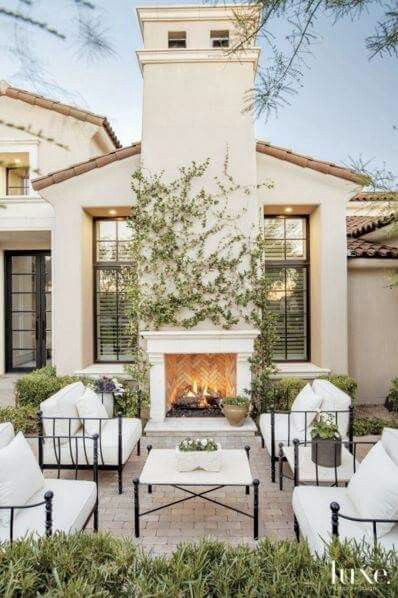 Attractive Simple, Classic, Peaceful Idea For The Outdoor Space To Complete Your Home.  The Family Will Love Spending Time In This Backyard Living Room Design.
