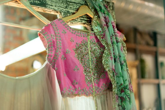 7d0dc65ef4a1fd Do s   Don ts  All You Need To Know On How To stitch The Perfect Wedding  Blouse!