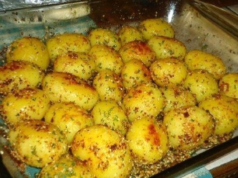 Mladi krompir sa susamom