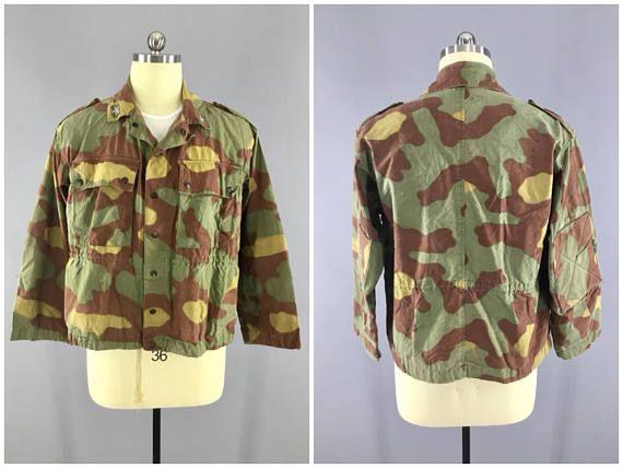 19d83df10b559 WW2 - 1970's Vintage / Italian Camo Pattern / Paratrooper Jacket / 2 Pocket  / Waist Length / Padded Elbows / Size 40-42 / Italian Camouflage ...