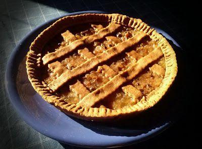 Crostata alla Crema di Ricotta e Confettura di Pere Williams con Cioccolato Fondente