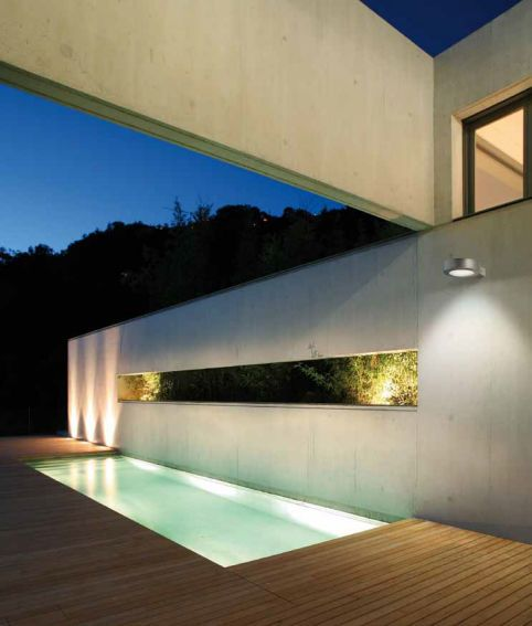 applique murale contemporaine d 39 ext rieur ronde en fonte d 39 aluminium hockey targetti. Black Bedroom Furniture Sets. Home Design Ideas