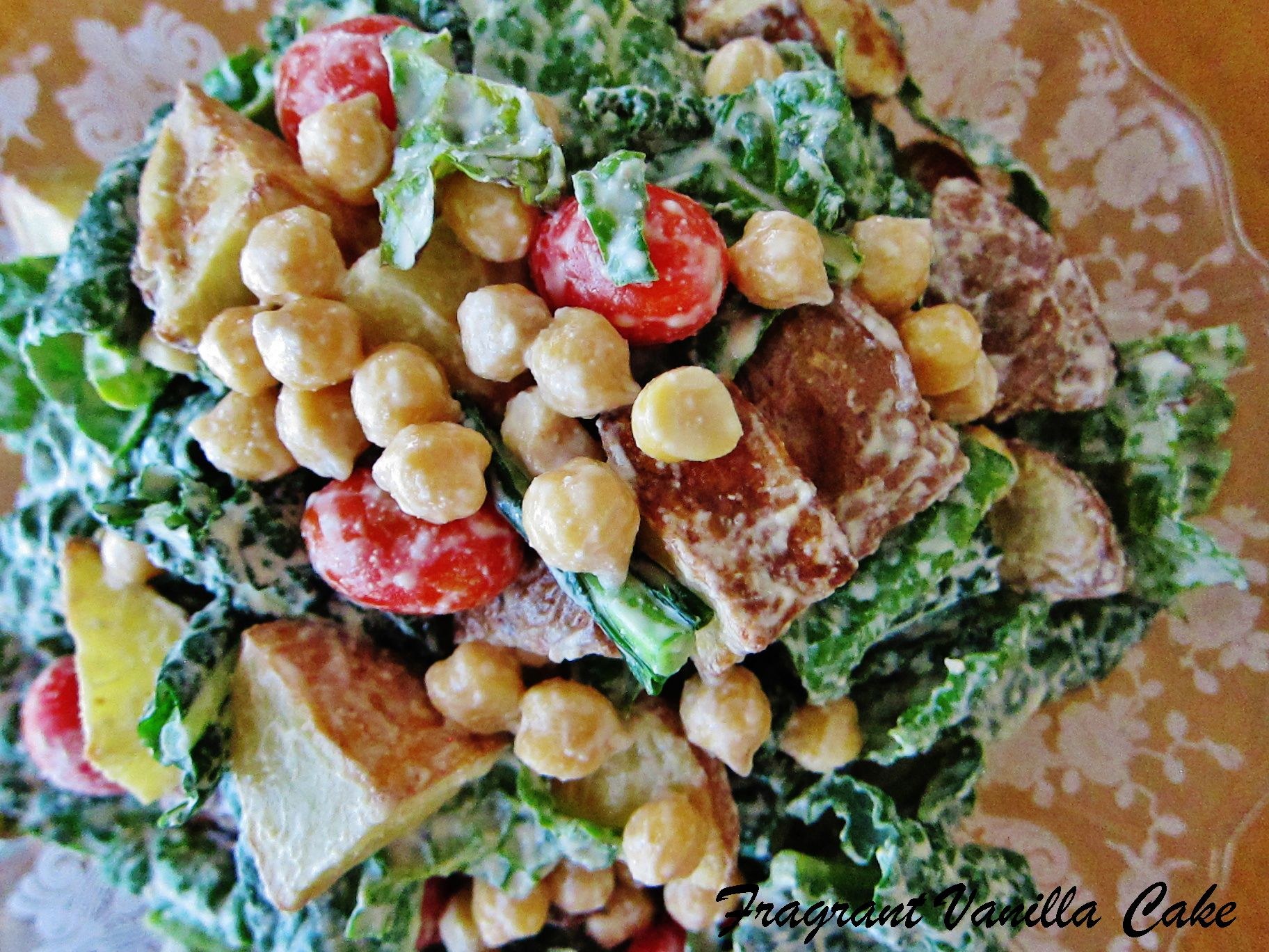 Garlicy kale salad with roasted potatoes and chickpeas
