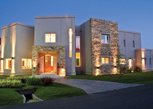 Frentes de casas combinados con piedras buscar con for Frentes de casas modernas con piedras