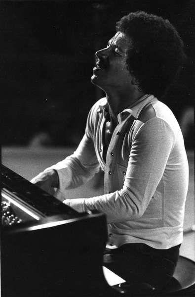 Keith Jarrett -- Love his emotion and improvisation skill