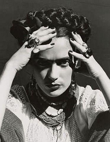 kahlo frida selma | artnet Galleries: Selma Hayek as Frida Kahlo by Ruven Afanador from ...