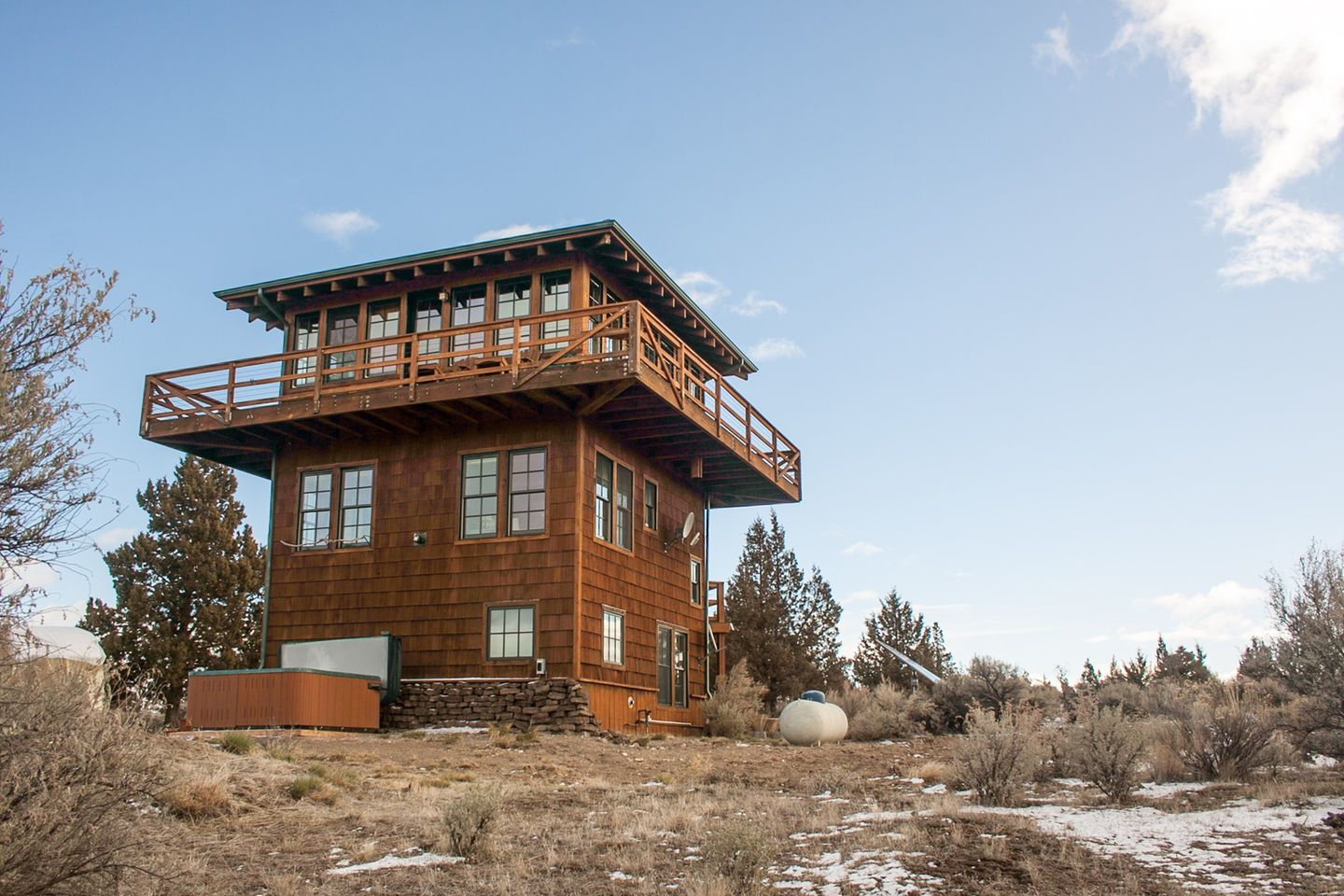 1440 215 960 In Forest Fire Lookout Tower House In 2020