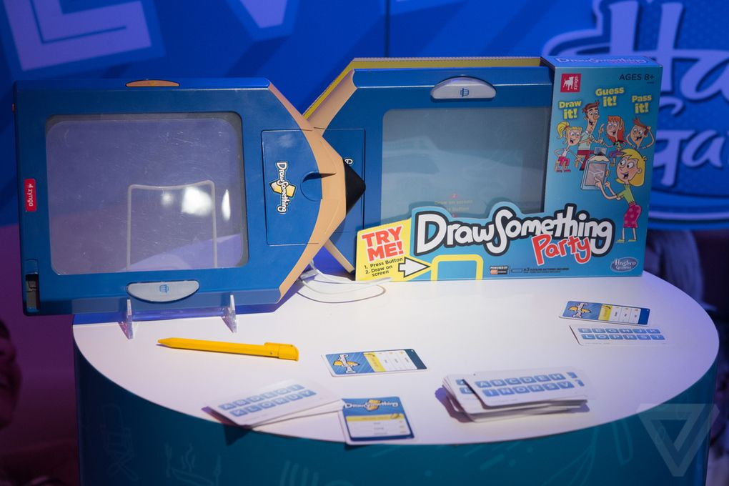 drawing game computer guesses Games Toys Games DRAW IT GUESS IT PASS IT HASBRO DRAW