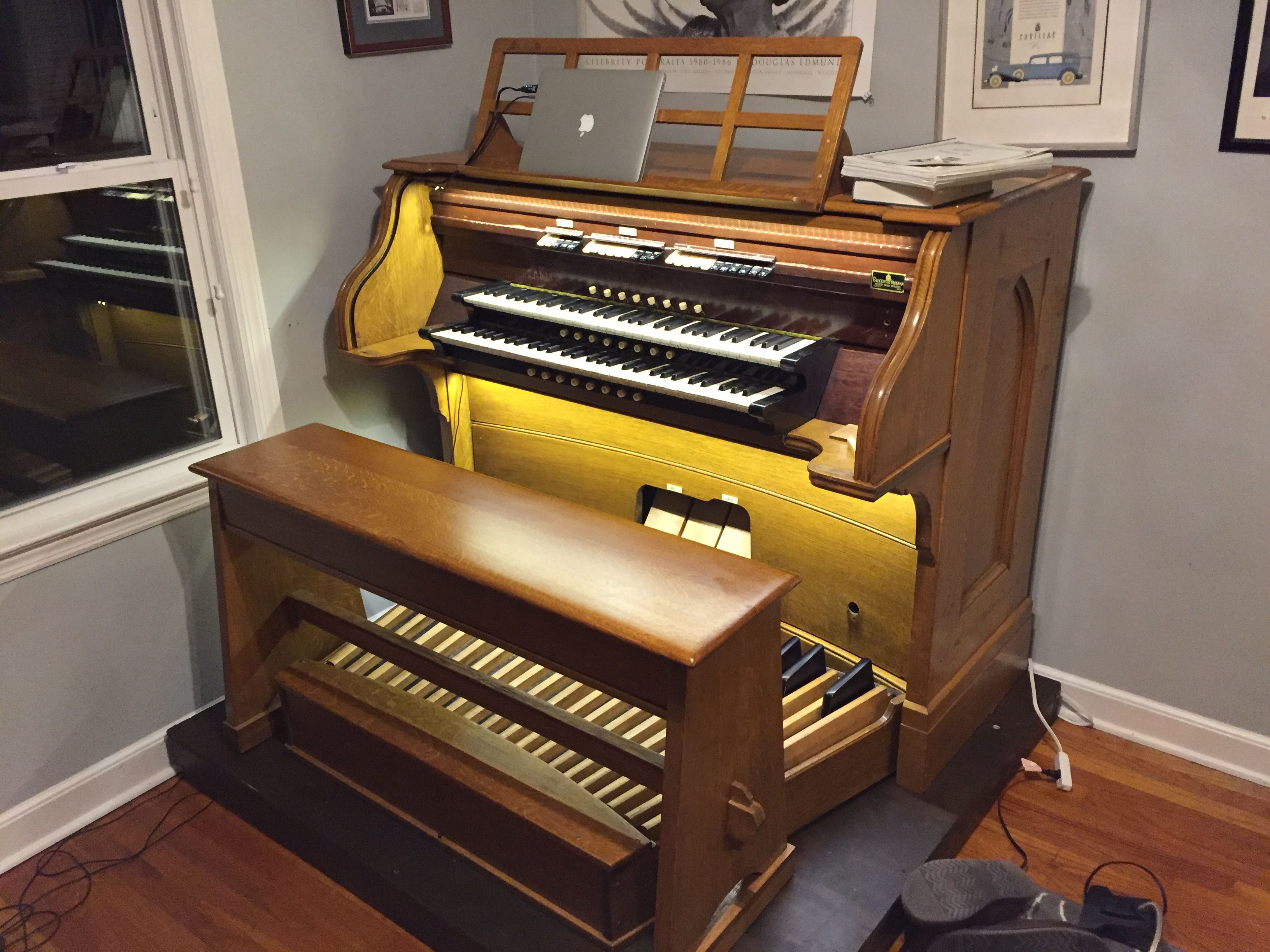 I restored a pipe organ console and converted it into a MIDI