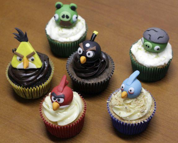 Angry Birds Cupcakeito...  www.cupcakeito.com.br