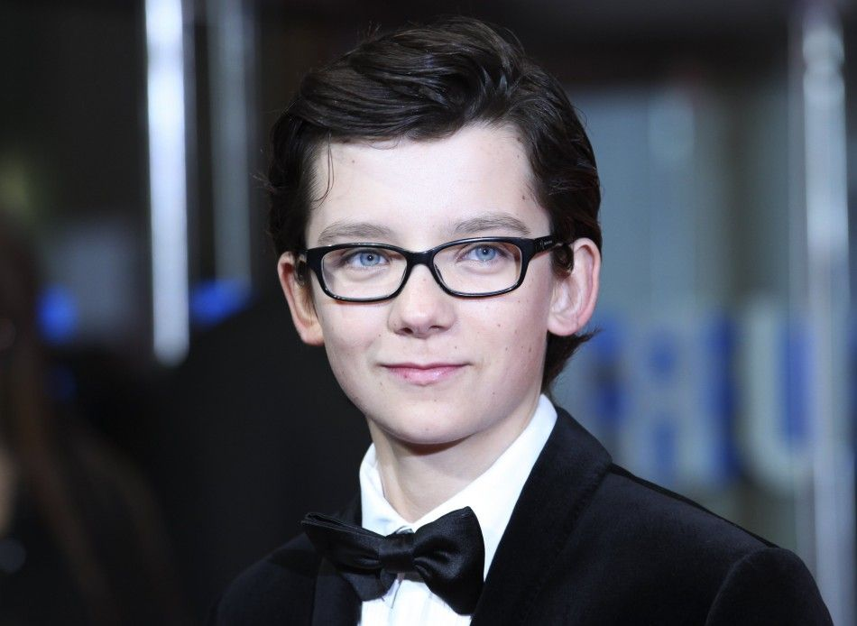 asa butterfield space between us