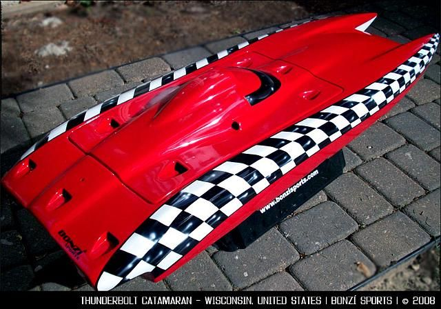 The finest quality custom built RC boats, Zenoah engines and