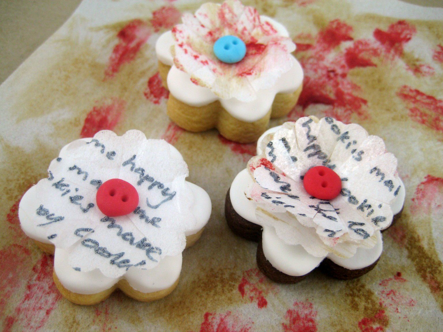 "Bubble and Sweet: ""Cookies make me happy"" rice paper decorated flower button rosette cookies"