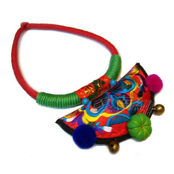 beadembroidery ethnic necklace - Buscar con Google