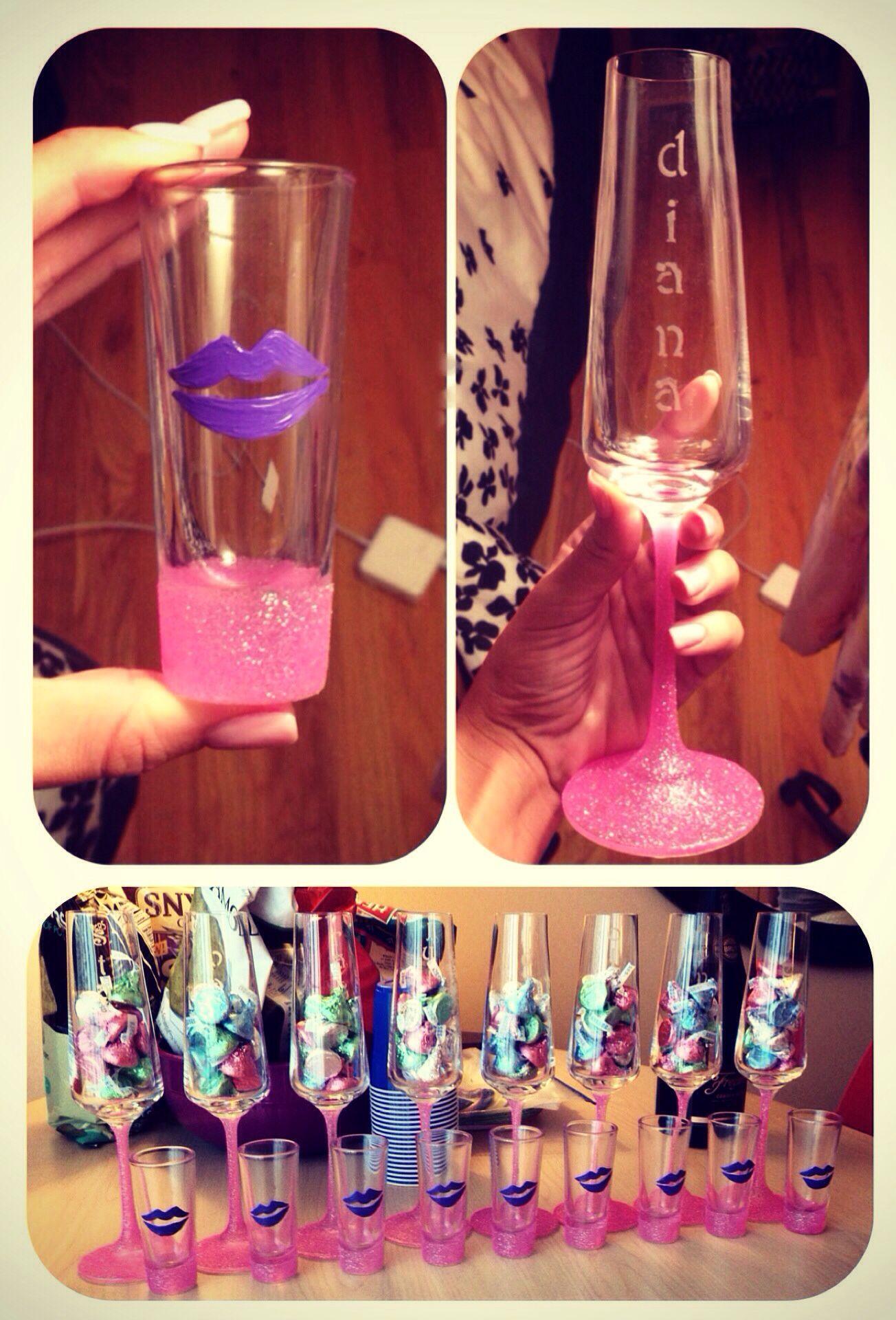Diy Glitter Shot Glasses And Champagne Glasses Diy Wine Glass Glitter Bottle Shot Glasses Diy