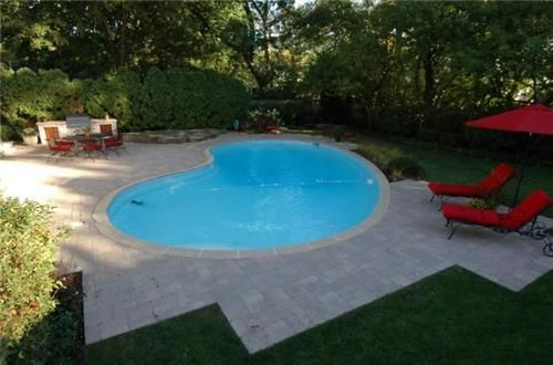 Love The 60s Kidney Bean Shaped Pool Swimming Pools Swimming Pools Backyard Backyard Pool
