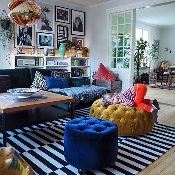 10 Inspirational Living Room Decor Ideas 11 Small Apartment Living Room Funky Living Rooms Small Apartment Decorating Living Room