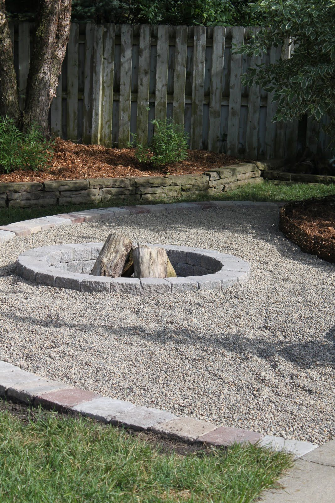 Pea gravel fire pit we already have the pea gravel area Backyard designs with gravel